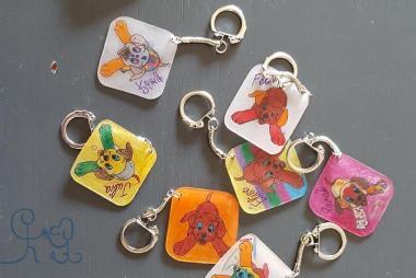 La création de porte clés pour les petits élèves!